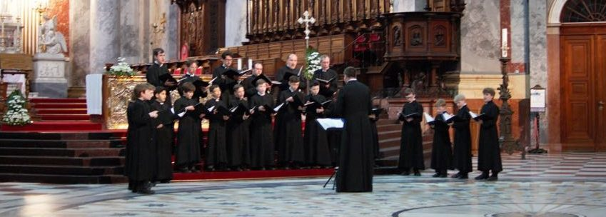 Ealing Abbey Choir is one of the UK's leading professional Catholic Church Choirs. For more than one hundred years it has played a principal part in the musical life of the worshipping community at Ealing Abbey.